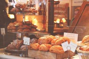 Boulangerie, Freshly Baked Break