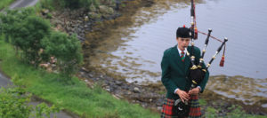 Scottish Piper Outdoors