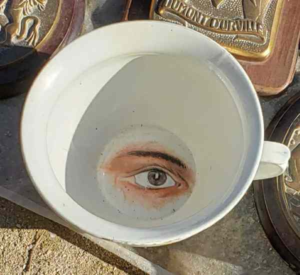 French chamber pot with eye