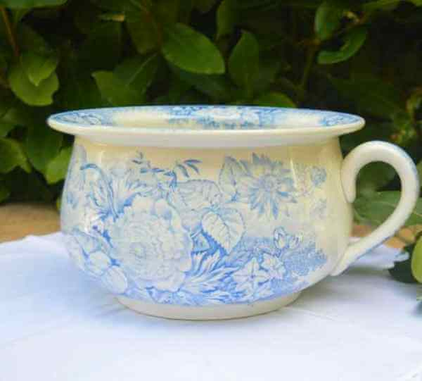 French chamber pot