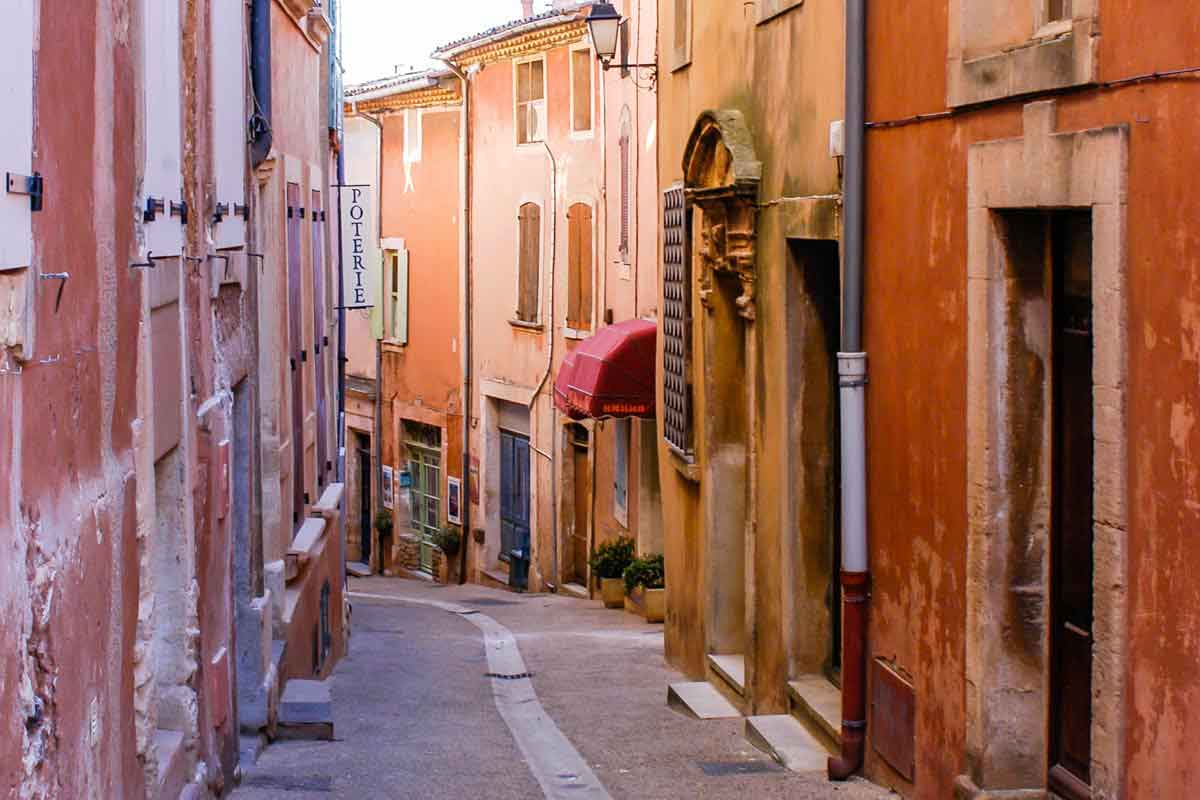 rousillon provence loved by artists
